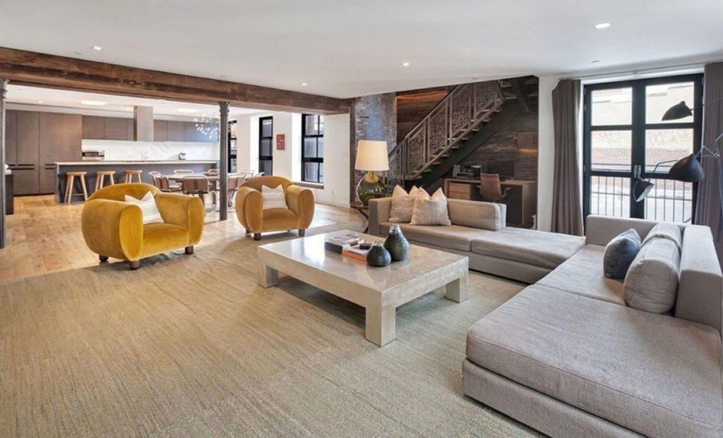 Así es el salón de la nueva casa de John Legend.
