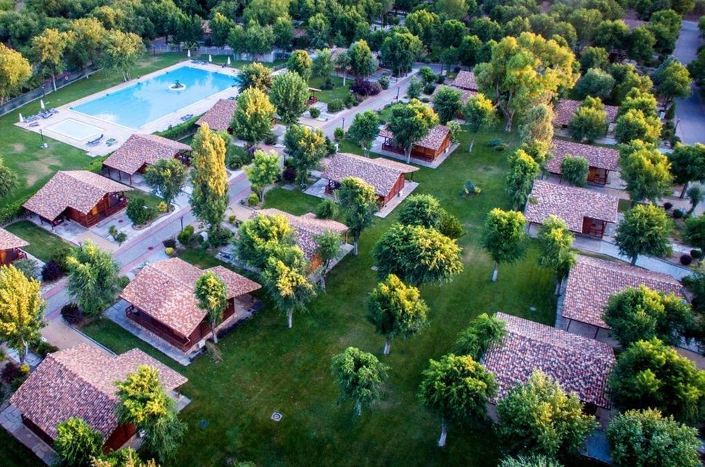 vista aerea de los bungalows en La Cigüeña