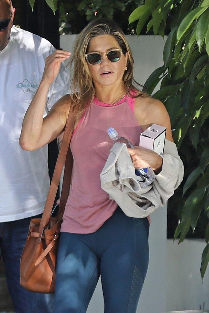 Jennifer Aniston sale acalorada de una sesión de boxeo