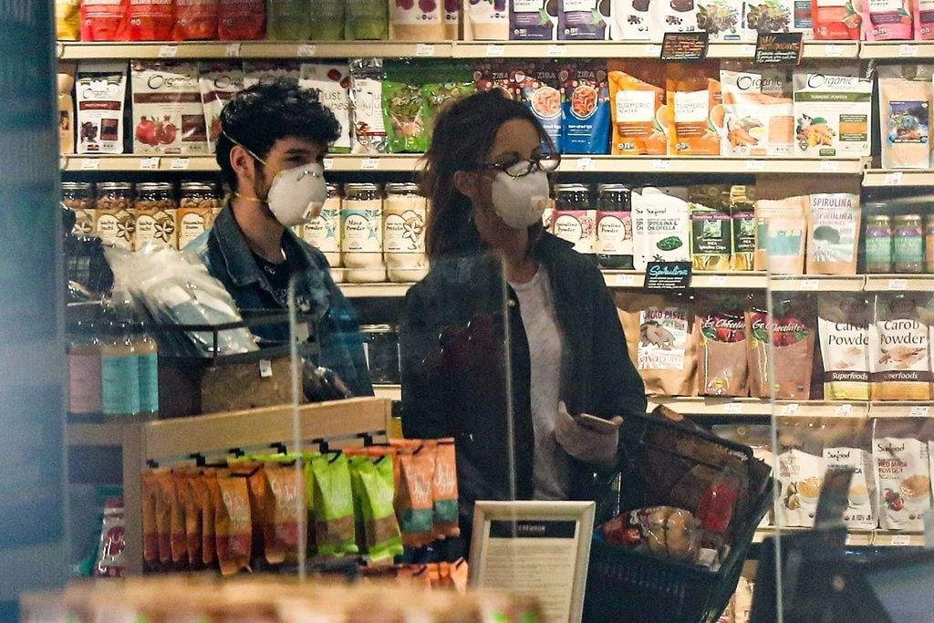 Kate Beckinsale y su nueva pareja, Goody Grace, hacen la compra