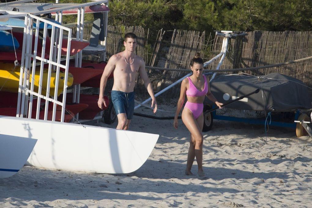 Aitana y Miguel Bernardeau de vacaciones en Ibiza