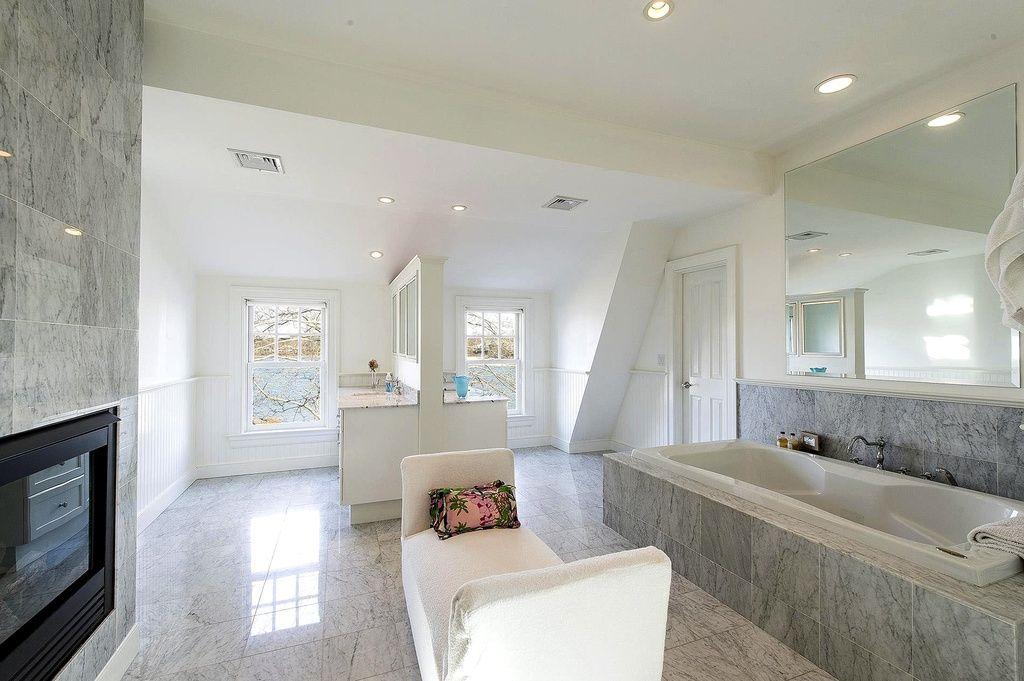 Así es la casa que Rihanna ha alquilado en los Hamptons.