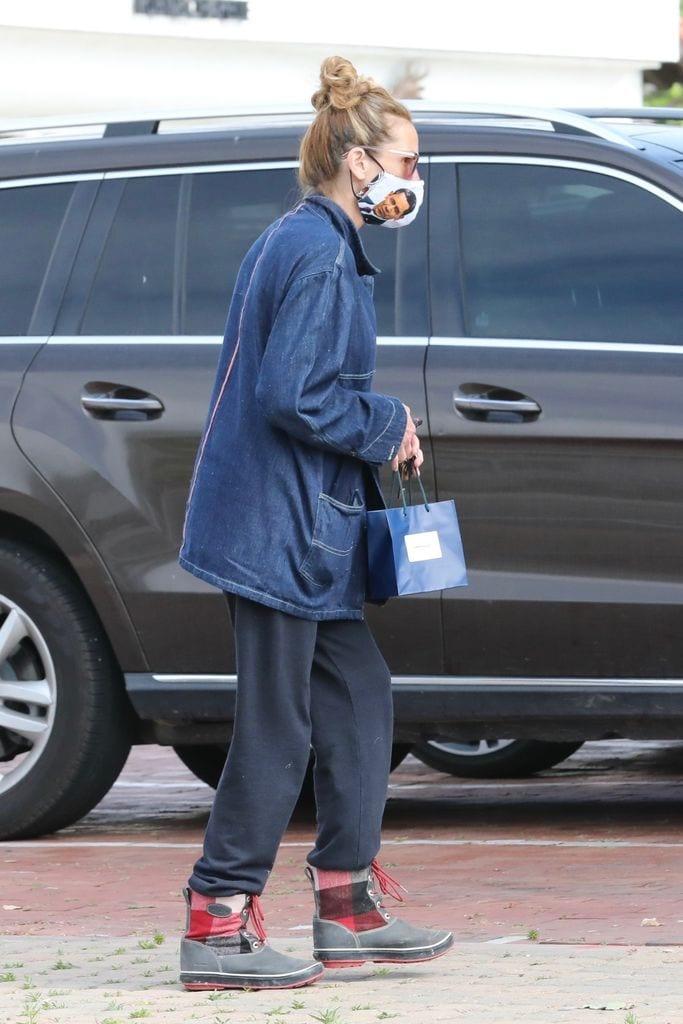 Julia Roberts y su peculiar mascarilla.