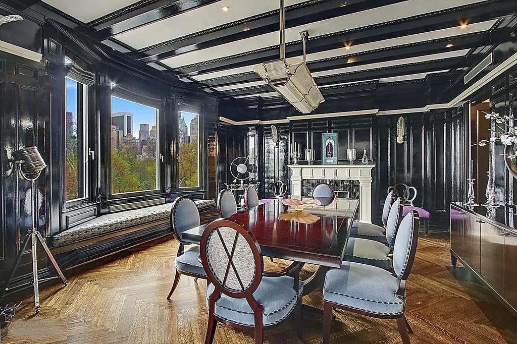 Casa Antonio Banderas NY comedor
