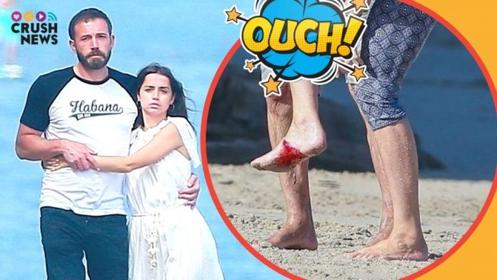 Ben Affleck y Ana de armas. Drama en la playa