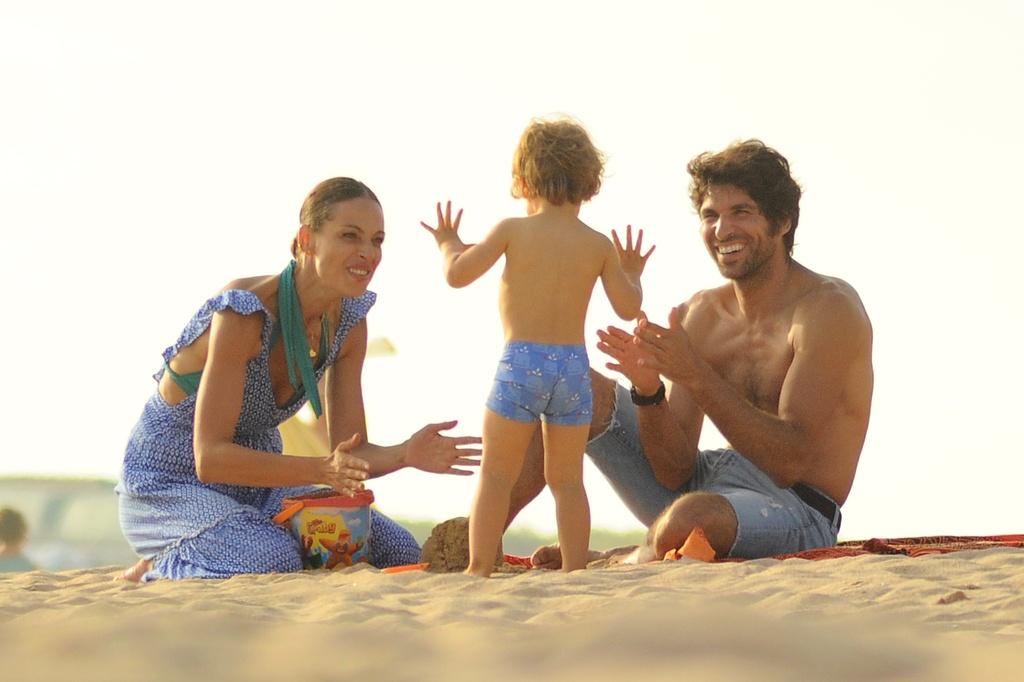 Eva y Cayetano en la playa
