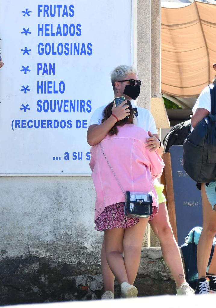 Rocio Flores y su novio.