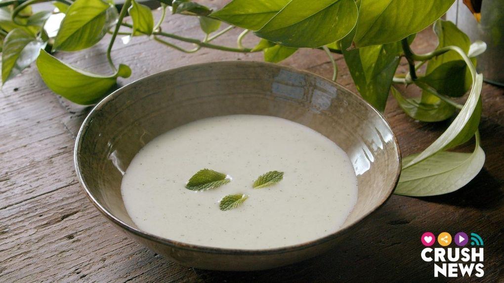 Sopa de yogur y pepino