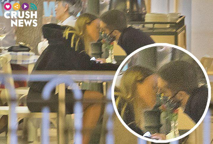 David Broncano besa a su novia con mascarilla
