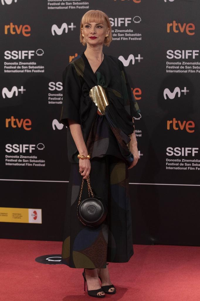 El estilo de Najwa Nimri con look de Loewe.