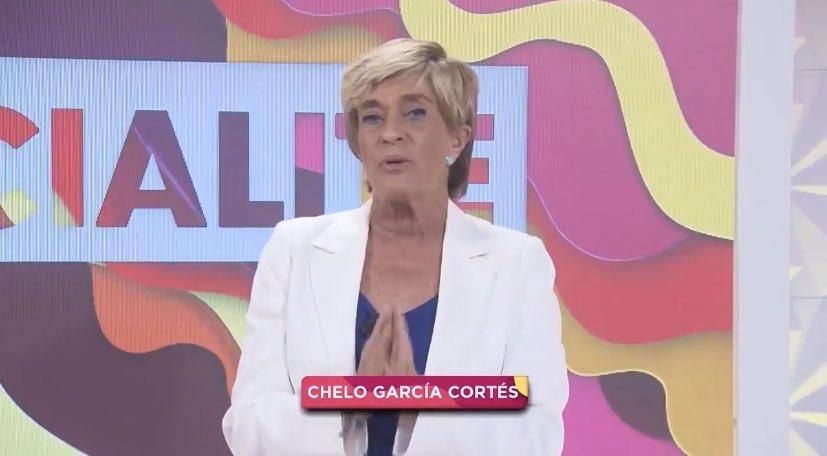Así se ha estrenado Chelo García-Cortés en Socialité