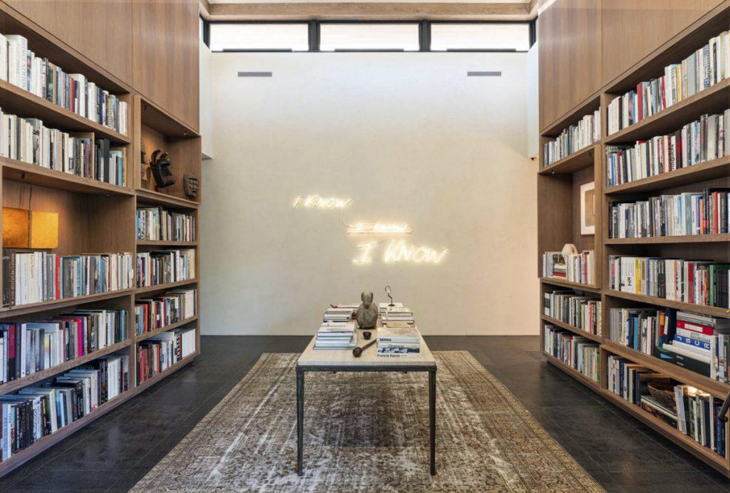 La biblioteca de la casa de Ellen Degeneres