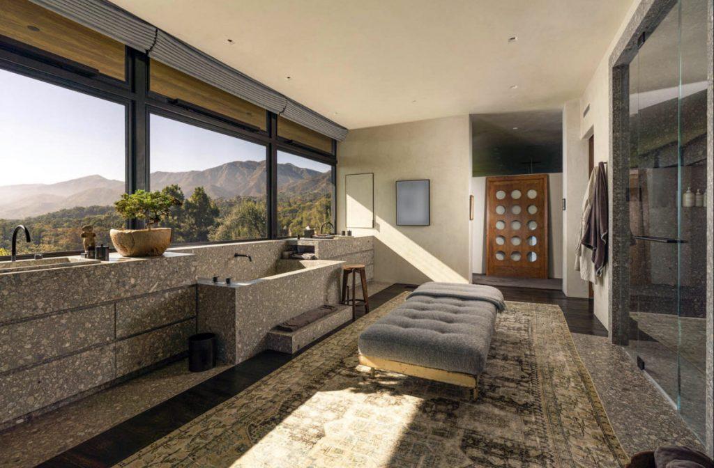 Uno de los baños de la casa de Ellen Degeneres