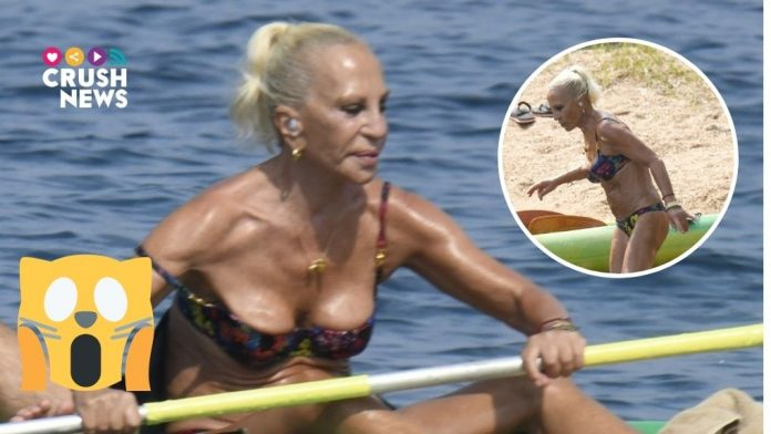 Donatella Versace en bikini.crush.news.