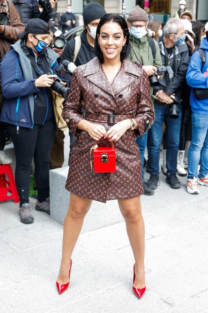 Los peores looks de la semana de la moda de París: Georgina Rodríguez.