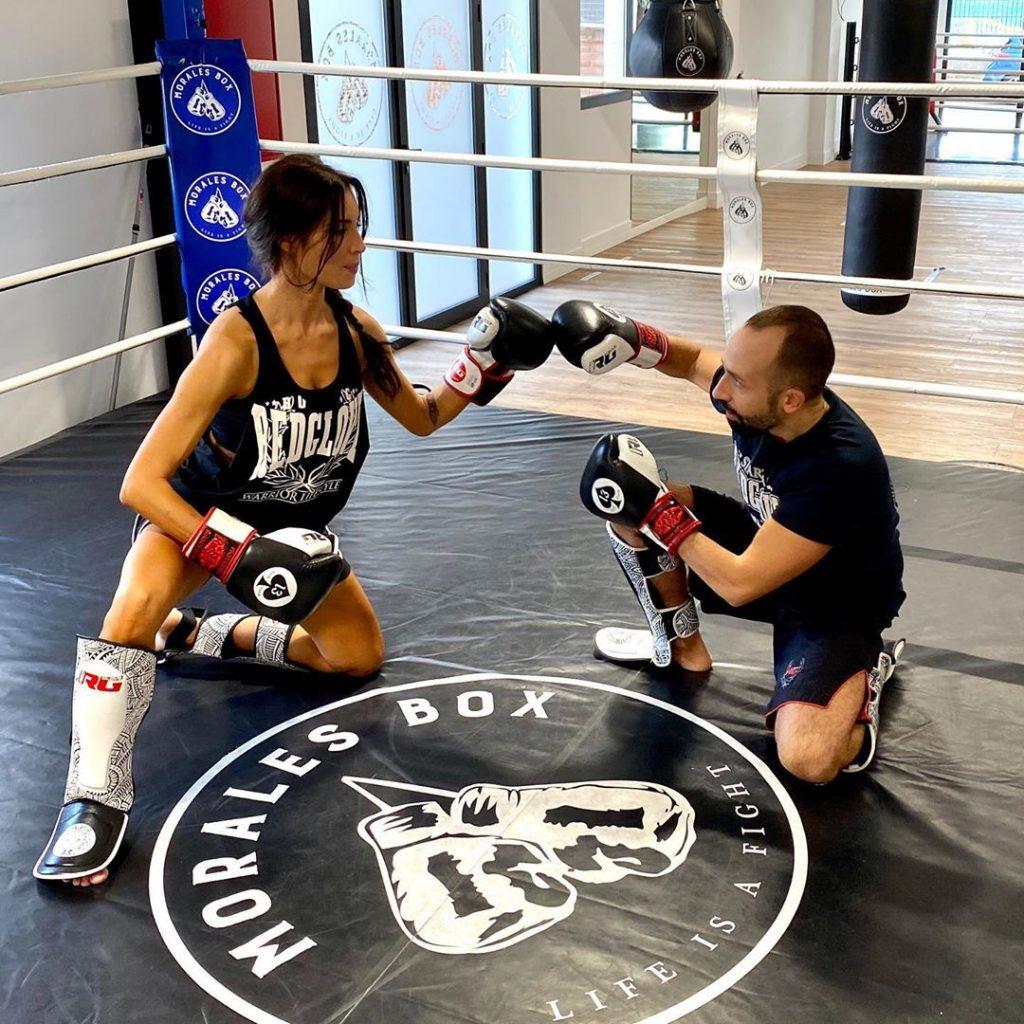 Pilar Rubio haciendo kickboxing.