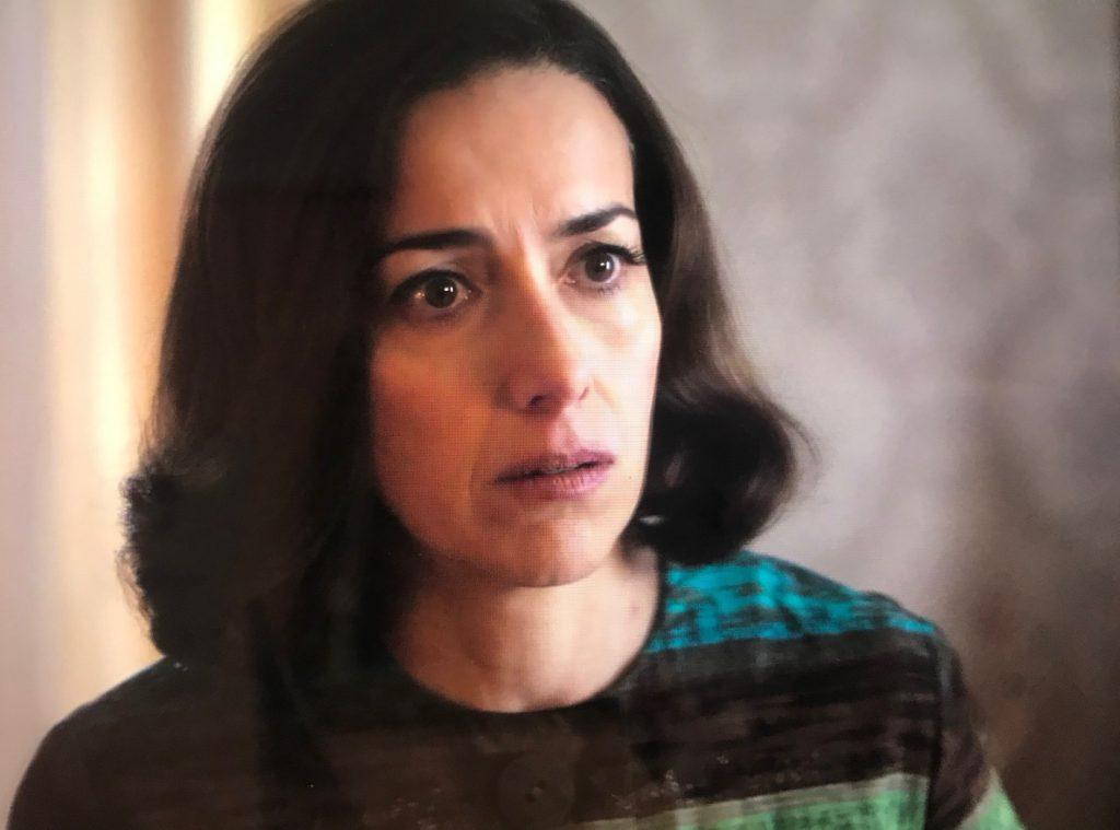 Entre las razones para ver 'Alguien tiene que morir' te sorprenderá el acento de Cecilia Suárez