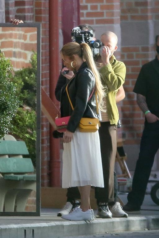 Jennifer Lopez, celebrity-anuncio de Coach, en un momento del rodaje de un spot para la marca de bolsos