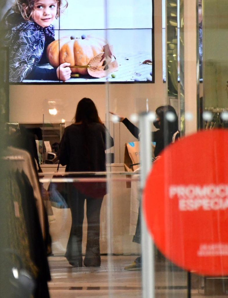 Melyssa Pinto se compra un iPhone