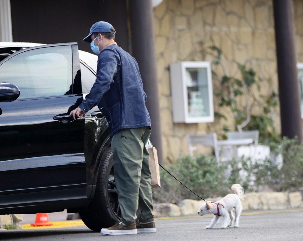 Orlando Bloom y Katy Perry aumentan la familia con la llegada de este nuevo perrito