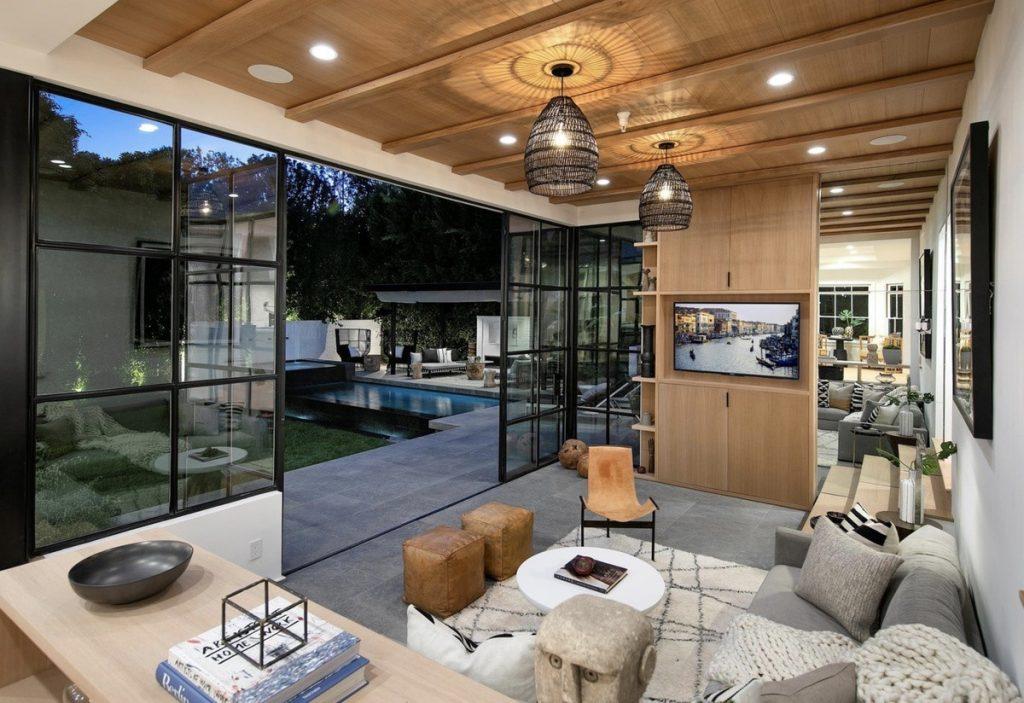 Otra de las salas de estar de la casa que venden Justin y Hailey