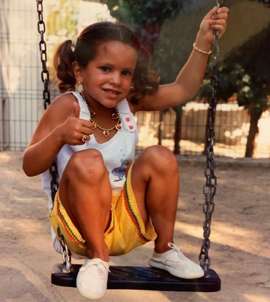 Rosalía, de niña