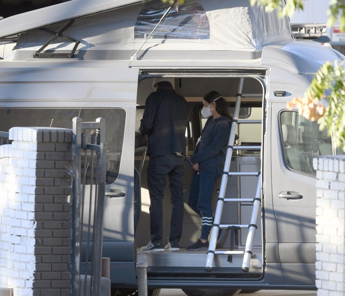 Mila Kunis y ashton Kucher autocaravana.