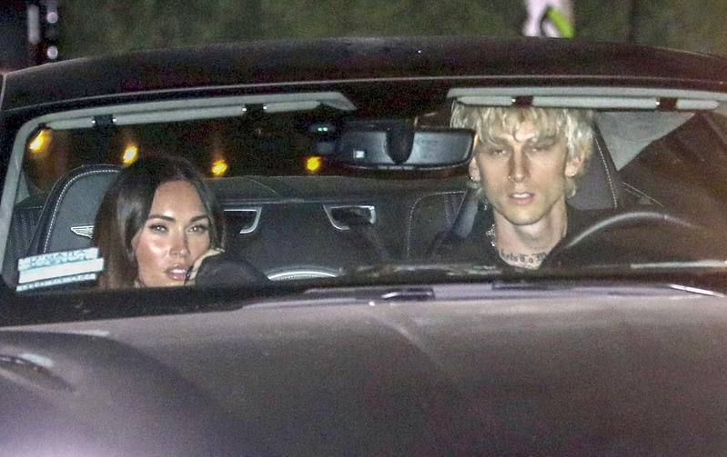 Machine Gun Kelly con su novia Megan Fox