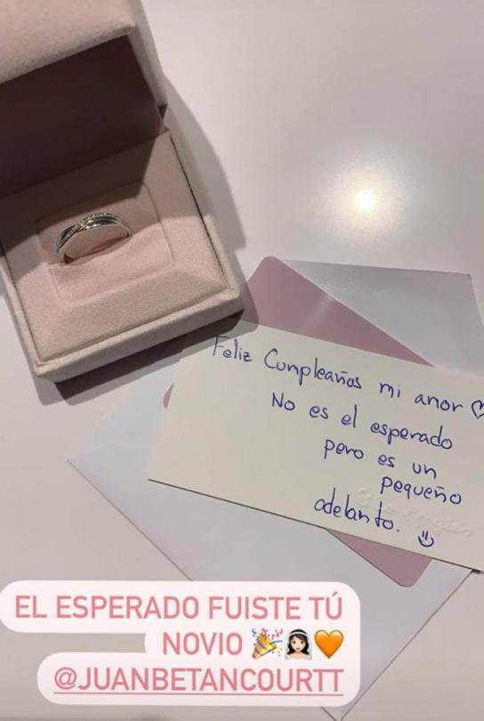Andrea Duro y Juan Betancourt compromiso boda.