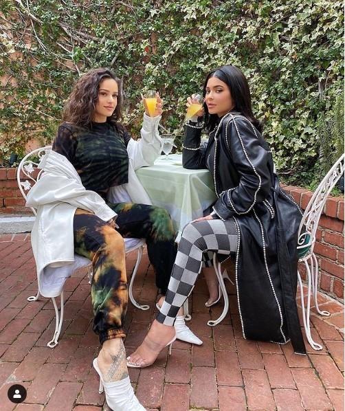 Kylie Jenner deja de seguir a Rosalía