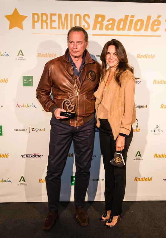 Foto de la pareja en los premios Radiolé, tomada dos meses y medio antes de anunciarse la separación de Bertín Osborne y Fabiola