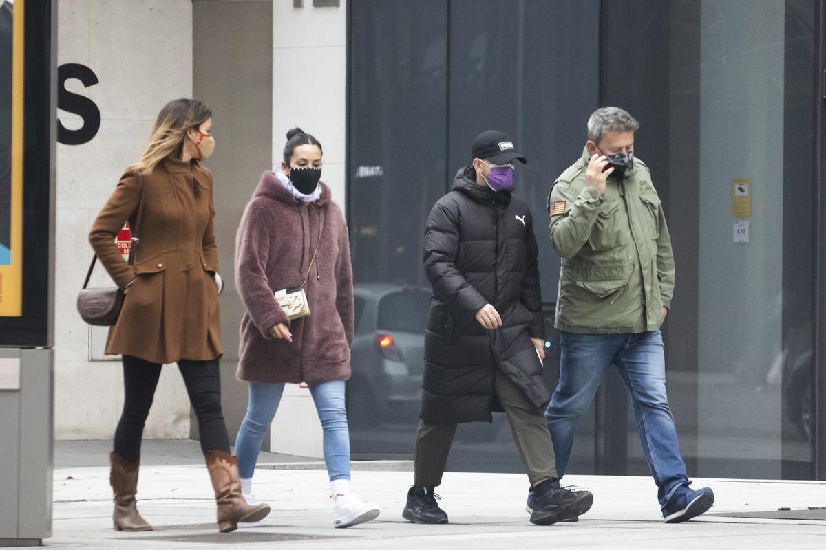 Cristina, Micky Nadal y sus respectivas parejas.