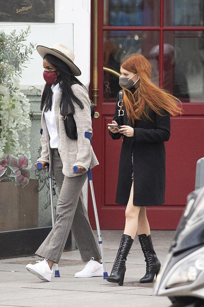 Alejandra Rubio paseo con amigas