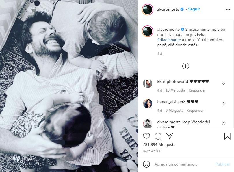 Álvaro Morte comparte fotos del Día del padre junto a sus hijos