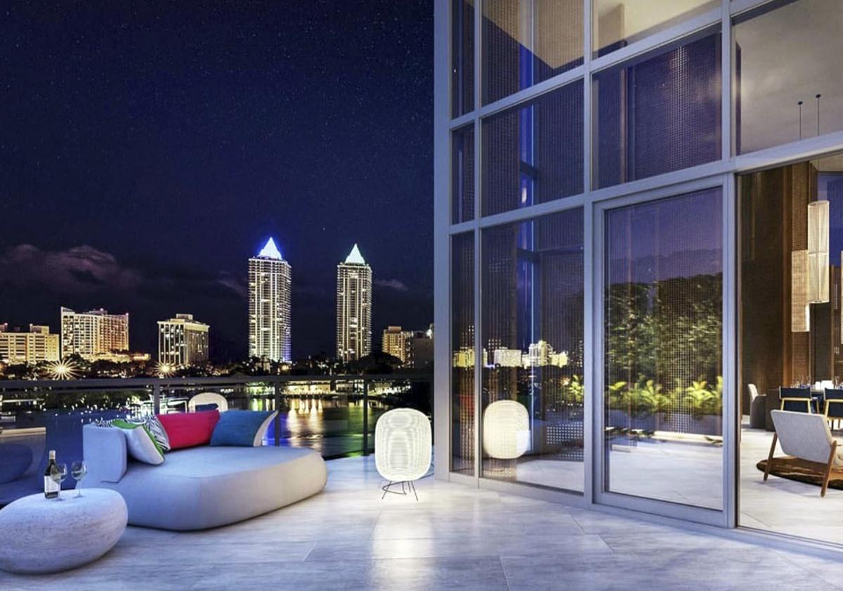 Cindy Crawford adquiere penthouse de lujo en Ritz-Carlton Miami Beach por 2.3 millones