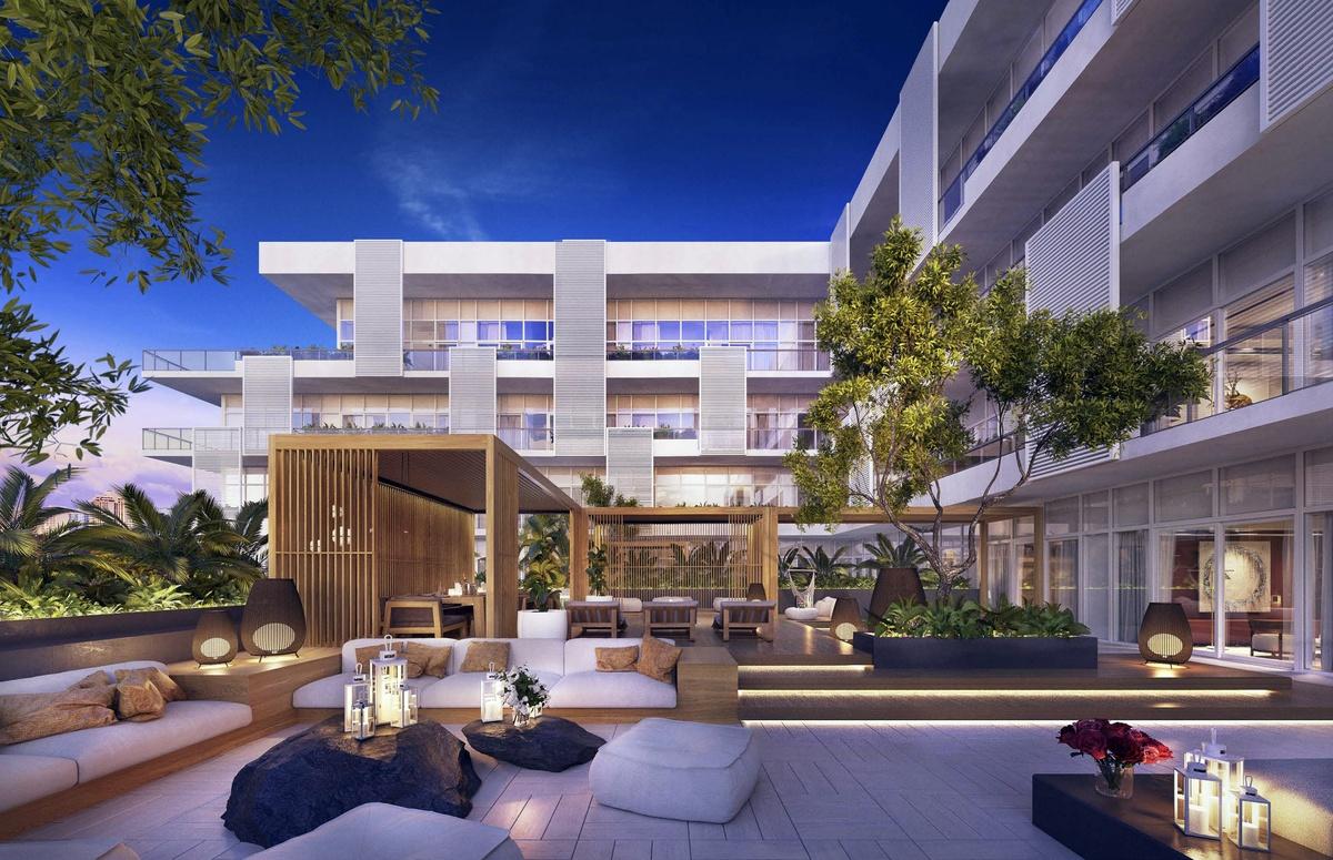 Cindy Crawford adquiere penthouse de lujo en Ritz-Carlton por 2.3 millones