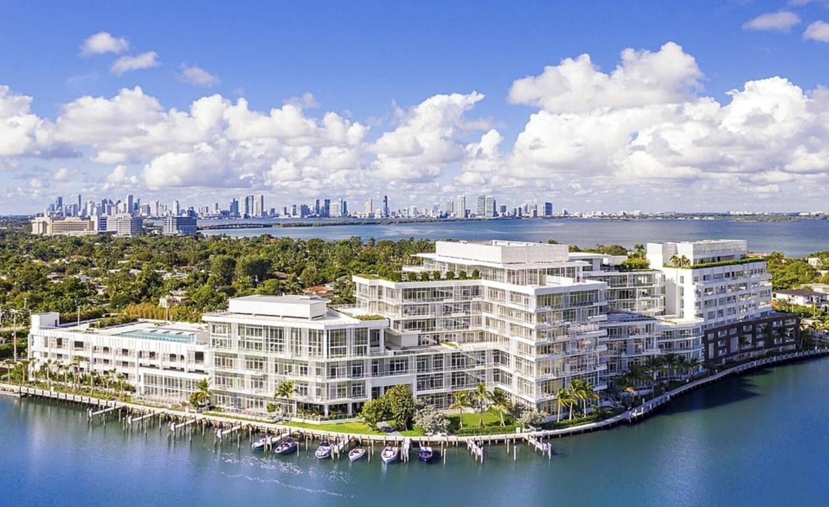Cindy Crawford compra penthouse de lujo en Ritz-Carlton Miami Beach