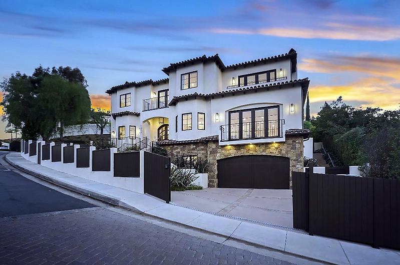 En Beverly Hills Serena Williams pone a la venta mansión de lujo por 7,5 millones de dolares