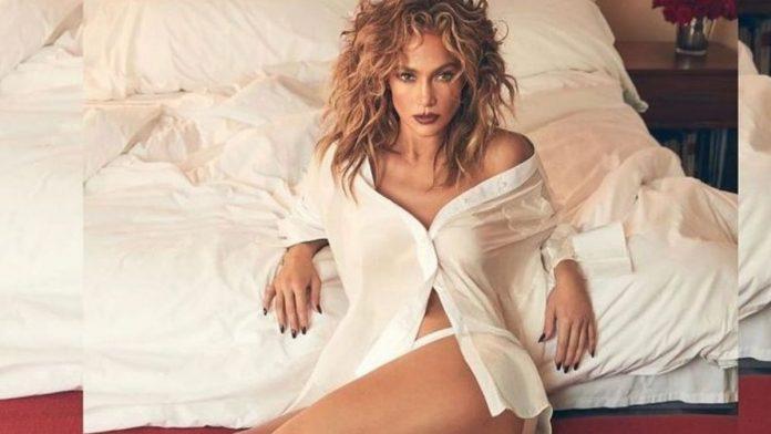 Jennifer López publica foto sexy mostrando piernas imponentes y colapsa las redes