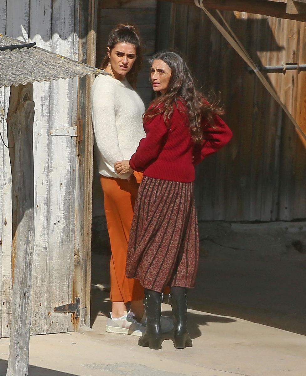 Olivia y Ángela Molina