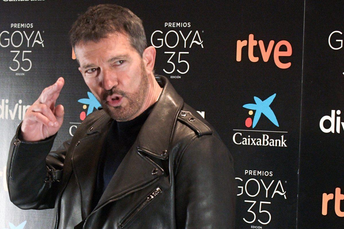 Antonio Banderas rejuvenece