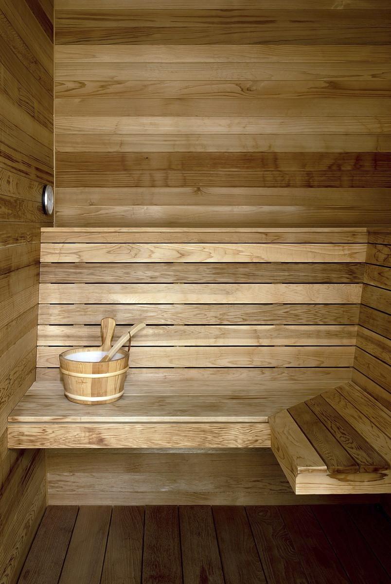 La sauna de la casa que vende Pamela Anderson