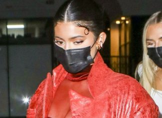 Kylie Jenner imita a Rosalía