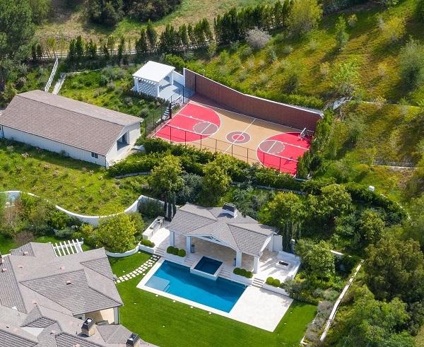 Madonna compra mansión de The Weeknd en Los Ángeles