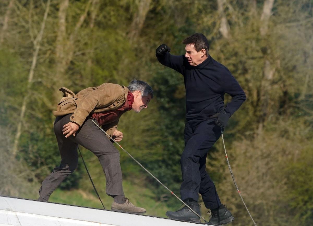 Esai Morales y Tom Cruise en el rodaje de Misión Imposible no son precisamente amigos