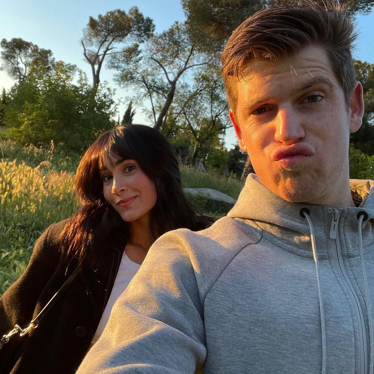 Con esta foto de Aitana y Miguel Bernardeu nos hemos derretido