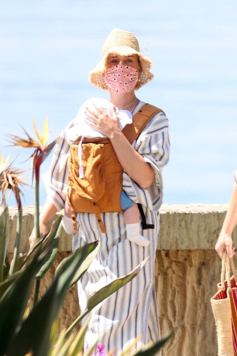 Katy Perry con Daisy Dove