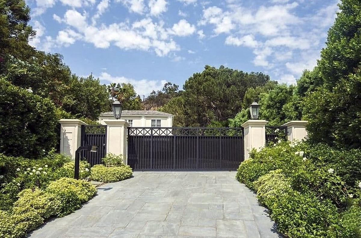 Katy Perry vende propiedad en Beverly Hills de 1341 mt2