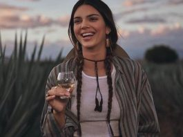 Kendall Jenner lanzó su tequila 818 Dwayne Johnson Michael Jordan y Elon Musk también lanzaron marcas de tequila