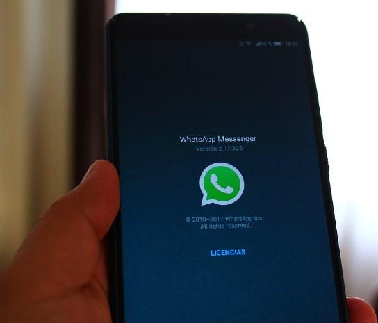 Aceptar los términos y condiciones de WhatsApp hasta el 15 de mayo
